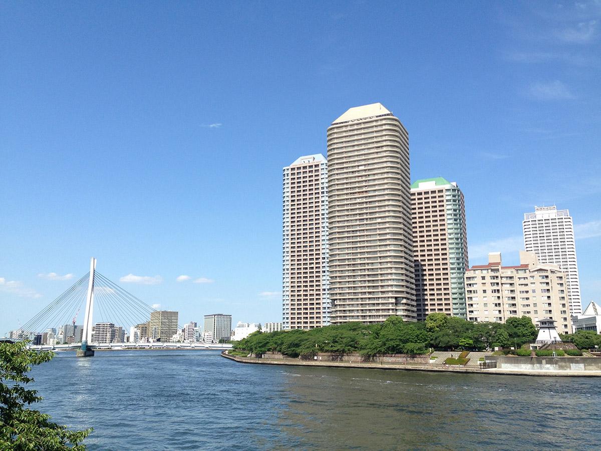 佃・月島あたりの隅田川は、ほとんど「海」です