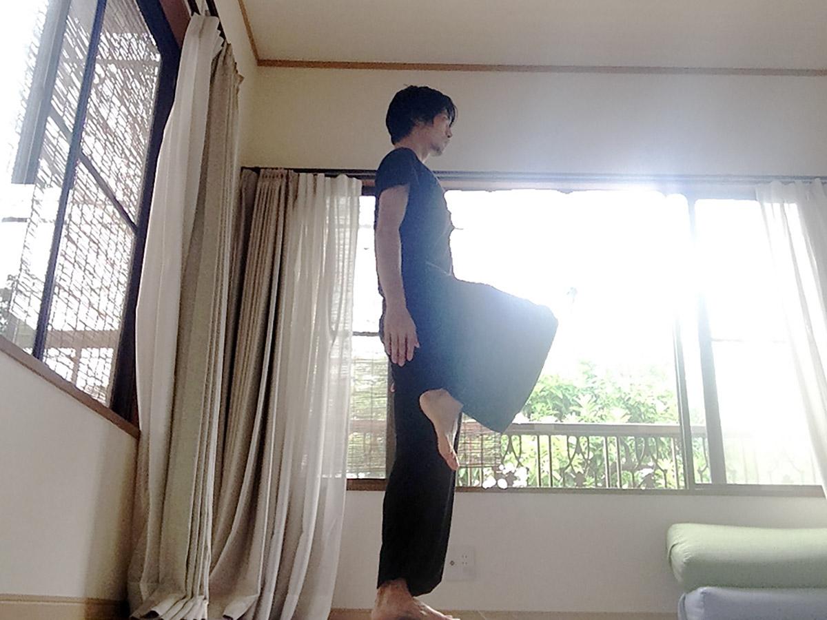 「体幹を使う感覚」を身につける、日常生活における練習